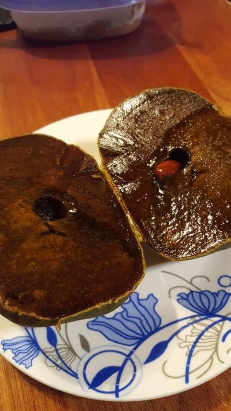 chocolate sapote inside